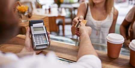 Fostering VeriFone Vx-520 Terminal Automation with Custom Payment Gateway Apps